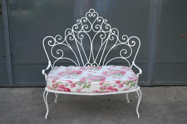 El kin antig edades muebles antiguos decoraci n for Decoracion para pared en hierro