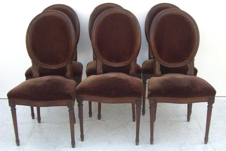 El kin antig edades muebles antiguos decoraci n for Sillas comedor antiguas