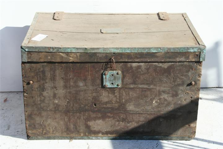 El kin antig edades muebles antiguos decoraci n - Baules antiguos de madera ...