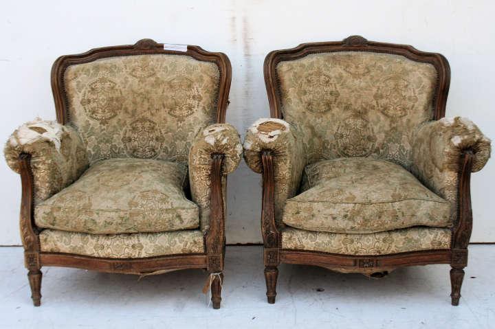 Sillon estilo frances silln clsico francs en color crema for Juego de dormitorio luis xvi