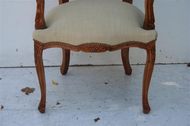 par de sillones de estilo francs luis xv tapizados en lino